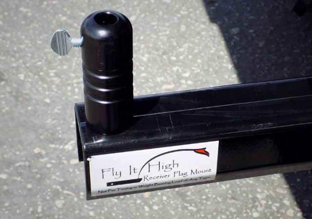 fly-it-high-receiver-hitch-mount-quick-release